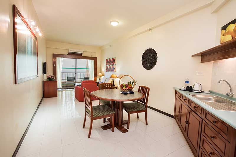 Deluxe Family Suite Living Area & Kitchen